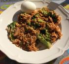 Broccoli met satésaus