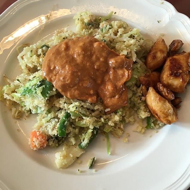 Nasi van bloemkool – recept zonder rijst